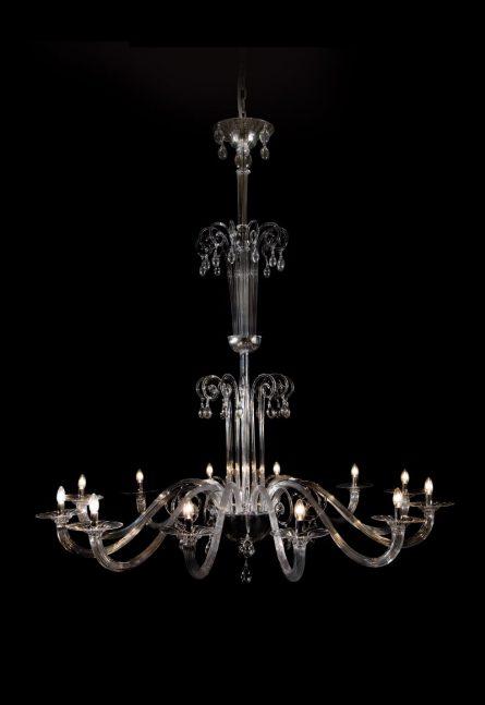 grande lampadario in vetro di murano