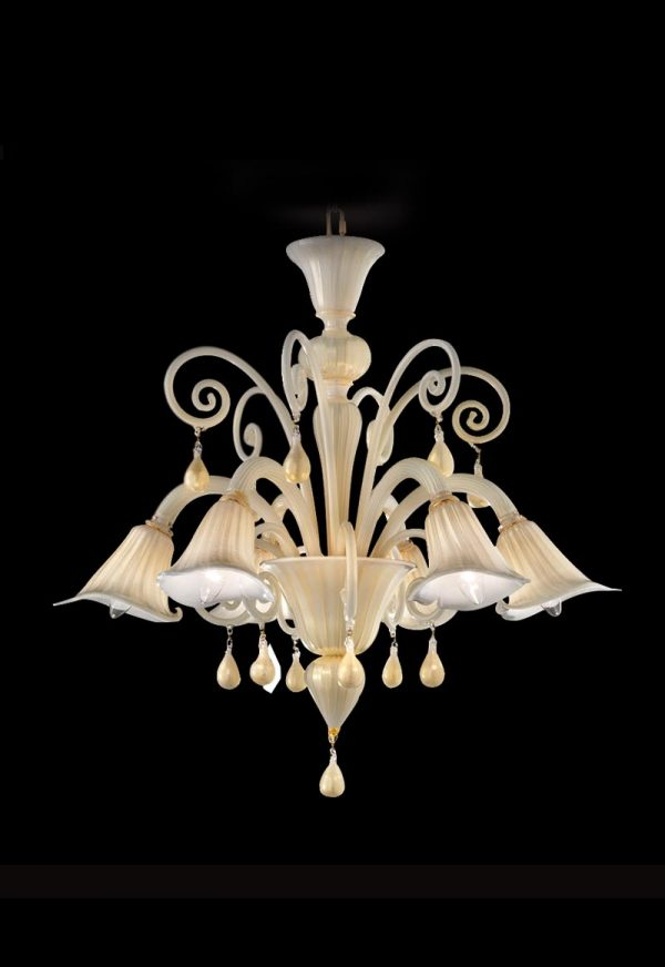 lampadario neoclassico